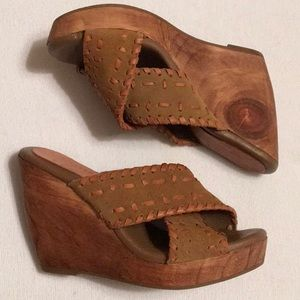 Muse and Cloud Suede Wooden Wedges sz 7